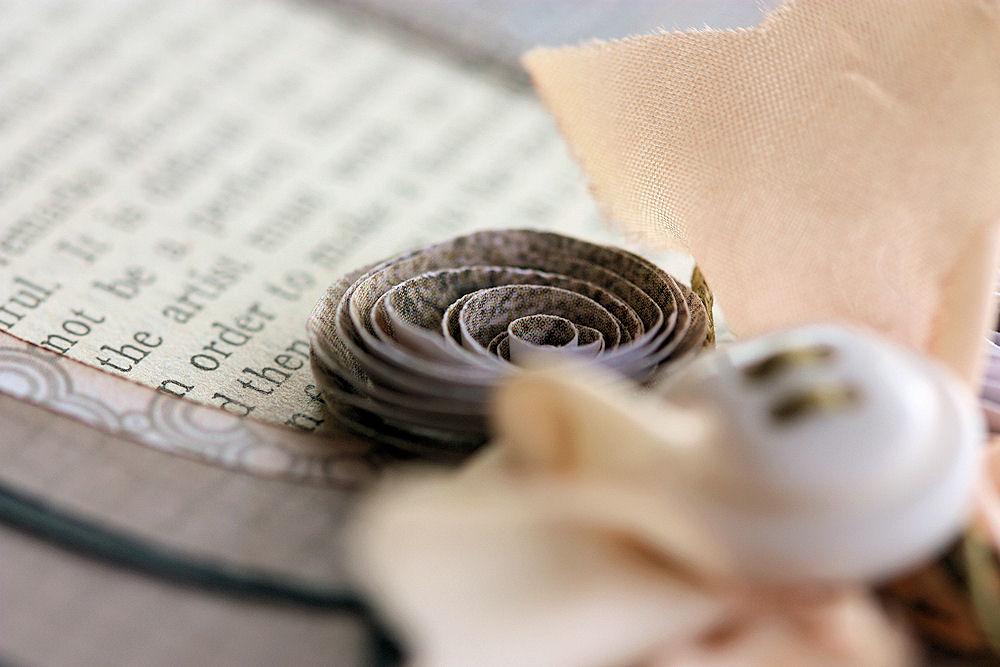 Cricut - Monogram Plaque Flower