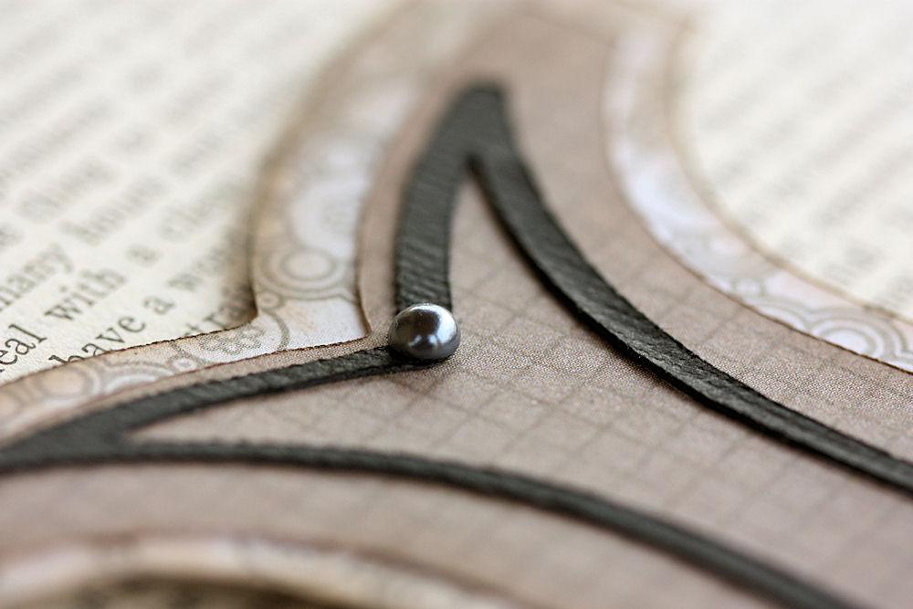 Cricut - Monogram Plaque Pearl