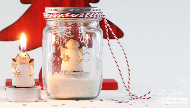 Jowilna's Mason Jar Snow Globe Tutorial